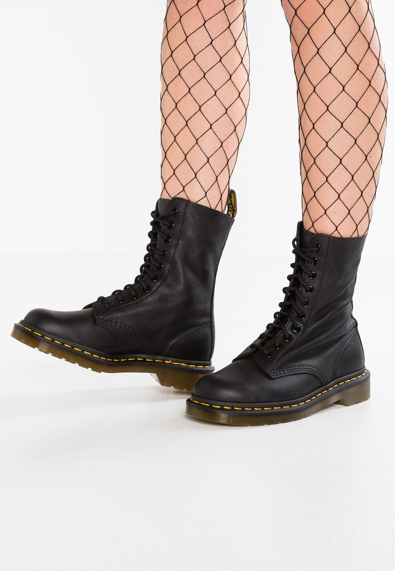 Dr. Martens - 1490 10 EYE VIRGINIA - Lace-up ankle boots - black