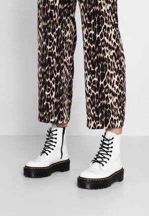 JADON ZIP - Platform ankle boots - white