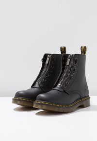 Dr. Martens - 1460 PASCAL FRNT ZIP 8 EYE BOOT - Lace-up ankle boots - black - 4
