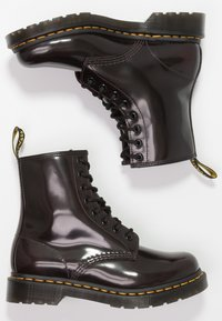 Dr. Martens - 1460 8 EYE BOOT - Lace-up ankle boots - cherry red arcadia - 3