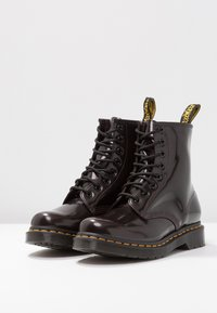 Dr. Martens - 1460 8 EYE BOOT - Lace-up ankle boots - cherry red arcadia - 4