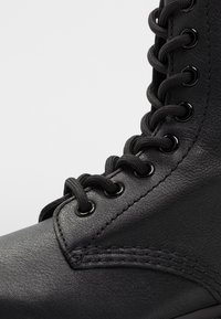 Dr. Martens - 1460 PASCAL MONO 8 EYE BOOT - Lace-up ankle boots - black virginia - 2
