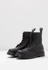 Dr. Martens - 1460 PASCAL MONO 8 EYE BOOT - Lace-up ankle boots - black virginia - 4