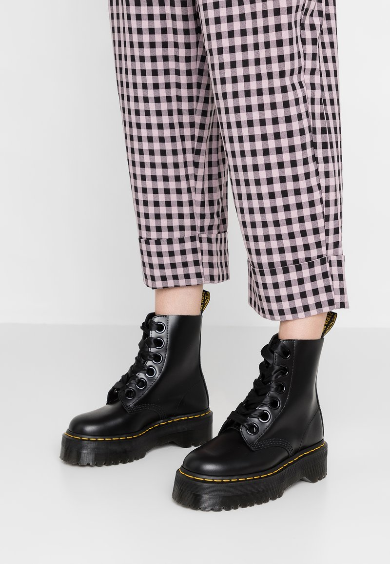 Dr. Martens - MOLLY - Plateaustiefelette - black