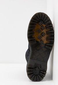 Dr. Martens - MOLLY - Platform ankle boots - black - 6