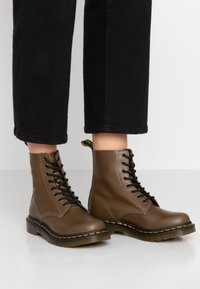 Dr. Martens - 1460 PASCAL - Lace-up ankle boots - olive - 0