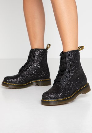 1460 FARRAH - Lace-up ankle boots - black chunky glitter