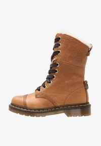 Dr. Martens - AIMILITA 9 EYE TOE CAP BOOT - Lace-up boots - tan - 1
