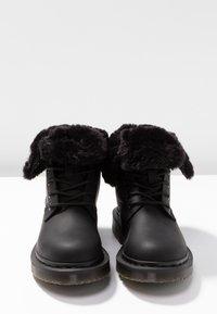 Dr. Martens - 1460 KOLBERT SNOWPLOW - Botines con cordones - black - 7