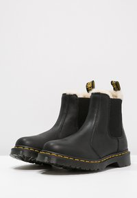 Dr. Martens - 2976 LEONORE - Classic ankle boots - black - 3