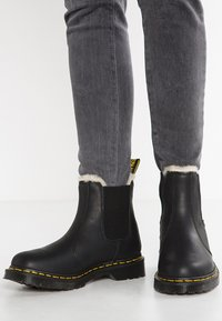 Dr. Martens - 2976 LEONORE - Classic ankle boots - black - 0