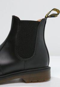 Dr. Martens - Korte laarzen - black - 5
