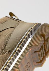 Dr. Martens - BONNY TECH - Lace-up ankle boots - olive - 5