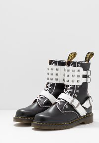 Dr. Martens - 1490 JOSKA STUD - Lace-up boots - black milled/vintage smooth/white smooth - 2
