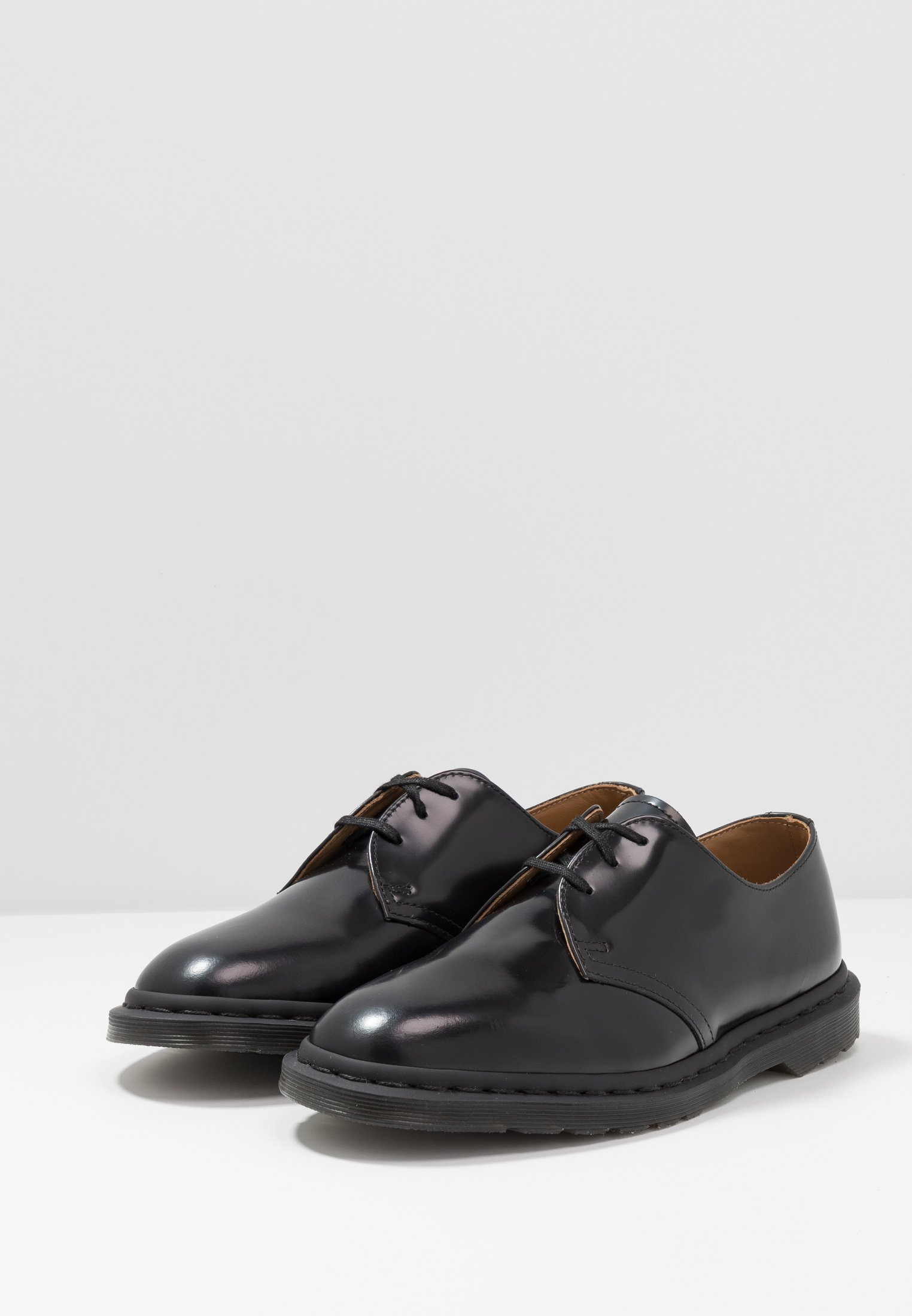 Smooth DrMartens DrMartens ArchieDerbies Polished ArchieDerbies Black TF1Klc3J