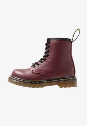8-EYE BOOT  - Korte laarzen - cherry red