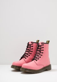 Dr. Martens - 1460 Y Romario - Lace-up ankle boots - acid pink romario - 3