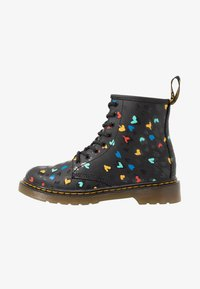 Dr. Martens - 1460 HEARTS  - Lace-up ankle boots - black - 1