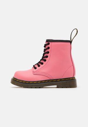 1460 T ROMARIO - Kotníkové boty - acid pink