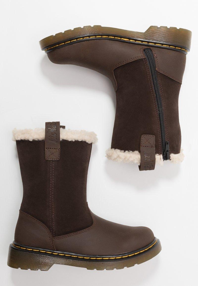 Dr. Martens - JUNEY JUNIOR - Winter boots - dark brown
