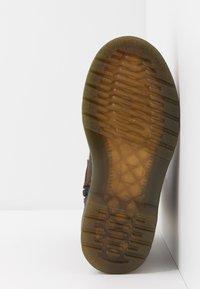 Dr. Martens - JUNEY JUNIOR - Winter boots - dark brown - 5