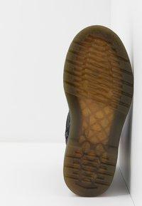 Dr. Martens - JUNEY JUNIOR - Winter boots - black - 5