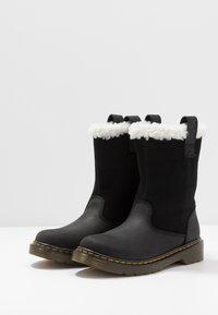 Dr. Martens - JUNEY JUNIOR - Winter boots - black - 3