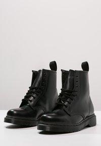 Dr. Martens - 1460 - Šněrovací kotníkové boty - mono black - 2