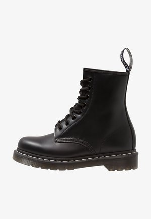 1460  BOOT - Bottines à lacets - black/white