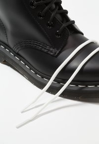 Dr. Martens - 1460  BOOT - Lace-up ankle boots - black/white - 5