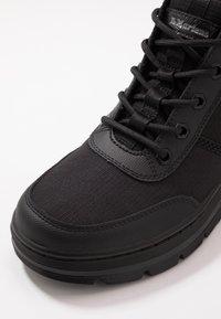 Dr. Martens - BONNY TECH MILITARY BOOT - Šněrovací kotníkové boty - black - 5
