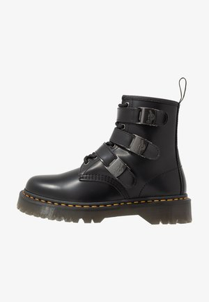 1460 FENIMORE HARDWARE 8 EYE - Botines camperos - black