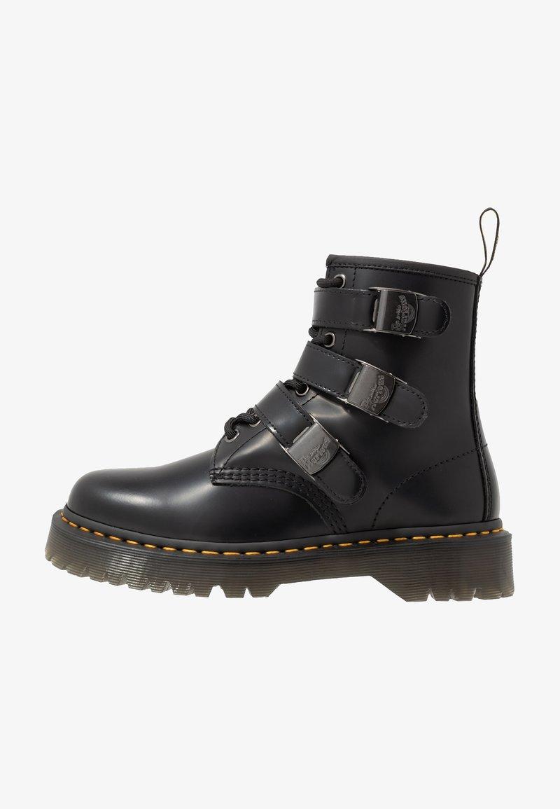 Dr. Martens - 1460 FENIMORE HARDWARE 8 EYE - Cowboy/biker ankle boot - black
