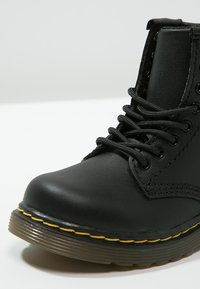 Dr. Martens - 1460 T Softy - Lace-up ankle boots - schwarz - 5