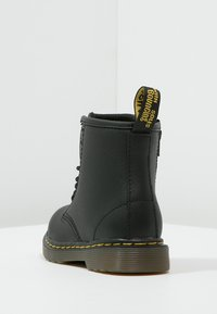 Dr. Martens - 1460 T Softy - Lace-up ankle boots - schwarz - 3
