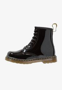 Dr. Martens - 1460 J PATENT - Lace-up ankle boots - schwarz - 1