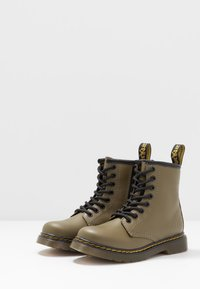 Dr. Martens - 1460 8-EYE BOOT - Lace-up ankle boots - olive - 3