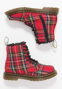 Dr. Martens - 1460 TARTAN - Lace-up ankle boots - red - 0