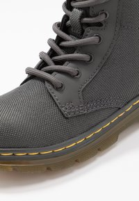 Dr. Martens - COMBS - Lace-up ankle boots - charcoal - 2
