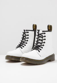 Dr. Martens - 1460 ROMARIO - Lace-up ankle boots - white - 3