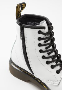 Dr. Martens - 1460 ROMARIO - Lace-up ankle boots - white - 2