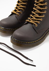 Dr. Martens - 1460 WILDHORSE LAMPER - Lace-up ankle boots - gaucho - 6