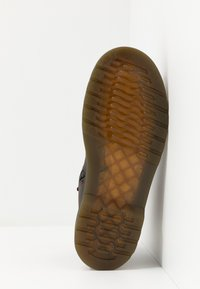 Dr. Martens - 2976 CHELSEA - Classic ankle boots - brown - 5
