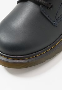 Dr. Martens - 1460 - Lace-up ankle boots - navy romario - 2