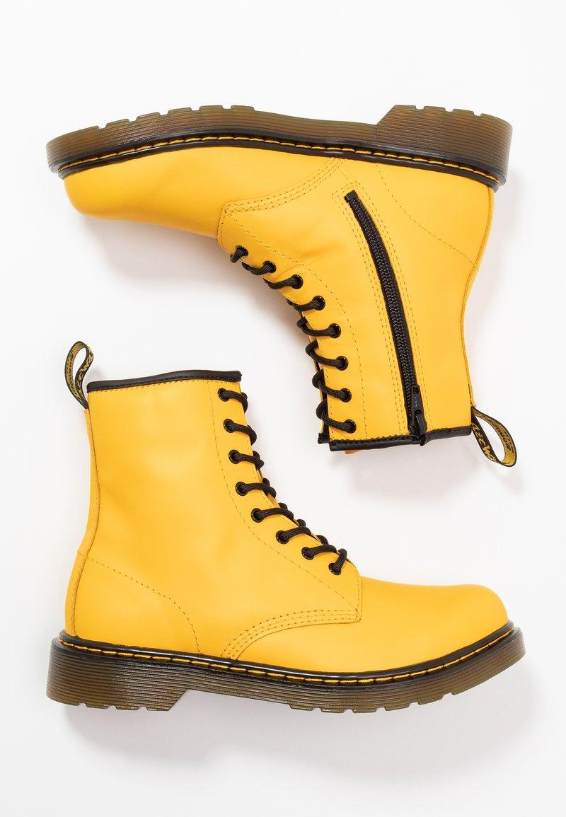 Dr. Martens - 1460 - Snörstövletter - yellow romario