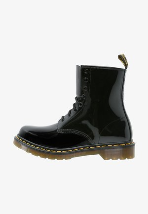 1460 8 EYE BOOT LAMPER - Stivaletti stringati - black