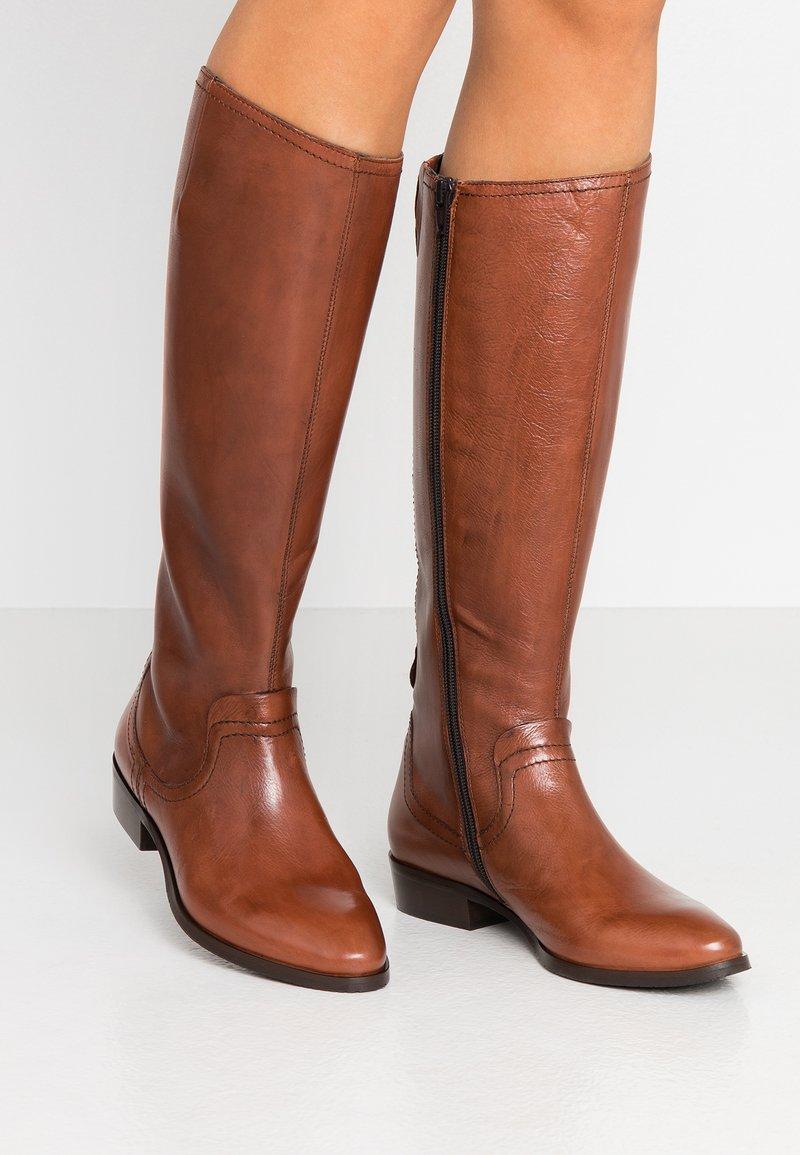 Donna Carolina - Vysoká obuv - cognac