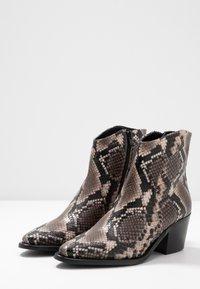 Donna Carolina - Kotníkové boty - roccia - 4