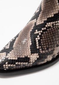 Donna Carolina - Kotníkové boty - roccia - 2
