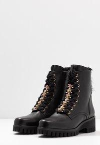 Donna Carolina - Šněrovací kotníkové boty - texas nero - 4